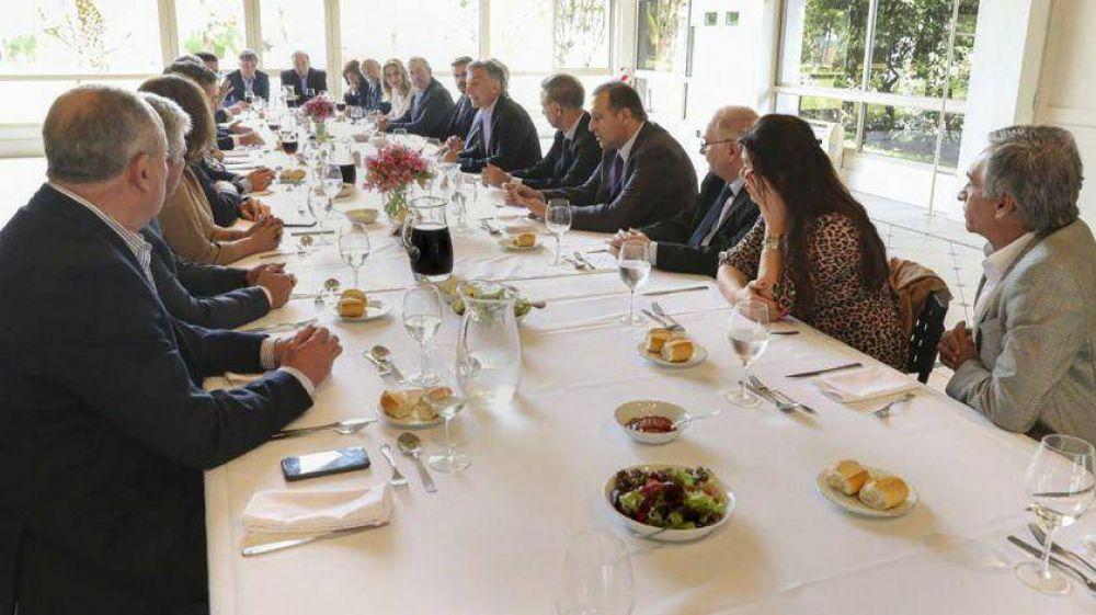 El Gobierno replegado: Macri se reúne con sus diputados para analizar el camino hacia octubre