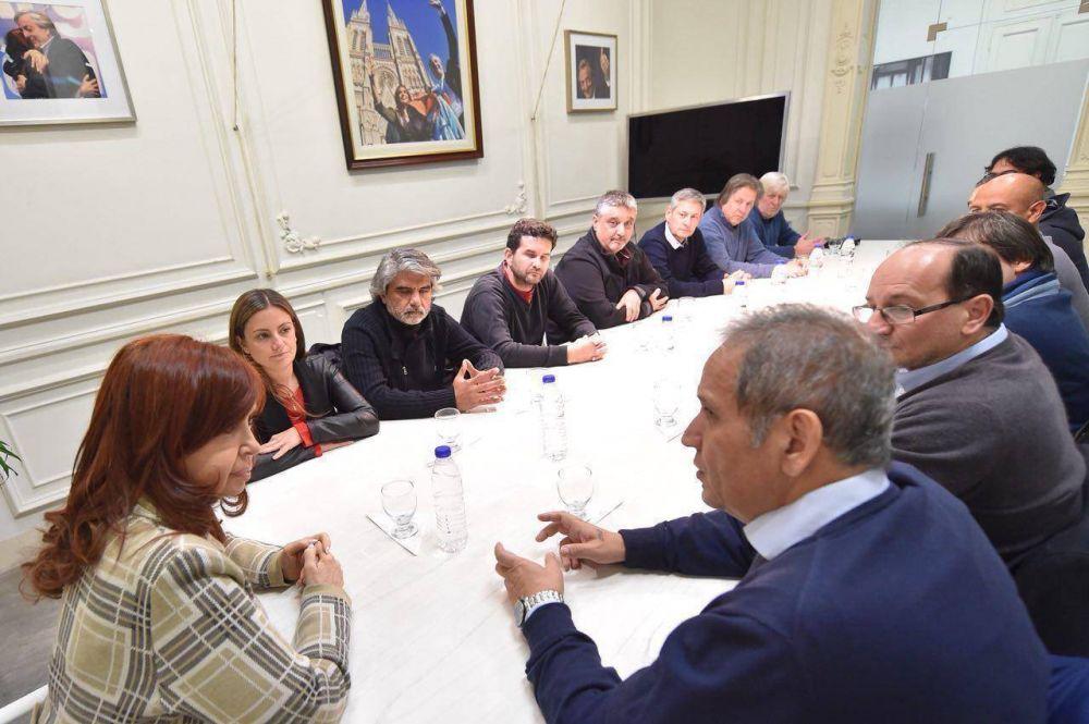 Los principales referentes de la Corriente Federal de Trabajadores se reunieron con Cristina Fernández de Kichner.