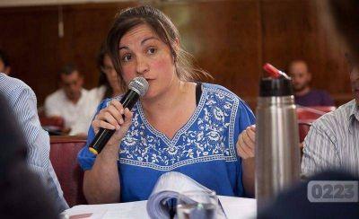 Disconformidad de la oposición tras la reunión con Distéfano: