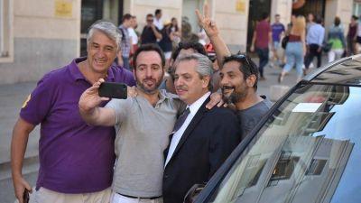 Alberto Fernández volvió de su gira europea y habló de su relación con Macri: