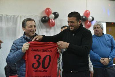 El intendente Gray festejó el 30º aniversario del Santos Juniors