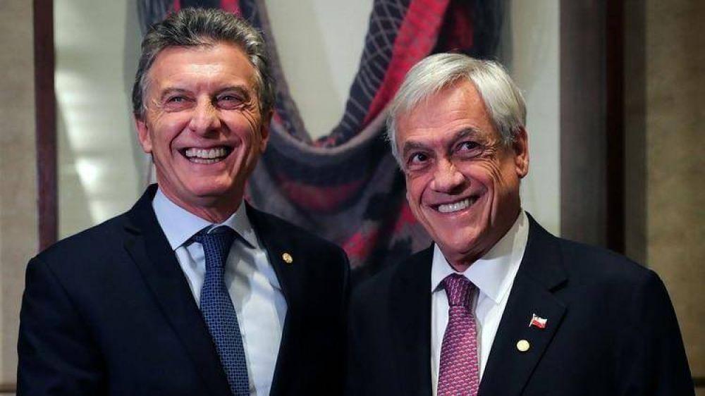 Mauricio Macri cree que puede derrotar a Alberto Fernández en un balotaje, pero si no lo consigue se imagina como líder de la oposición