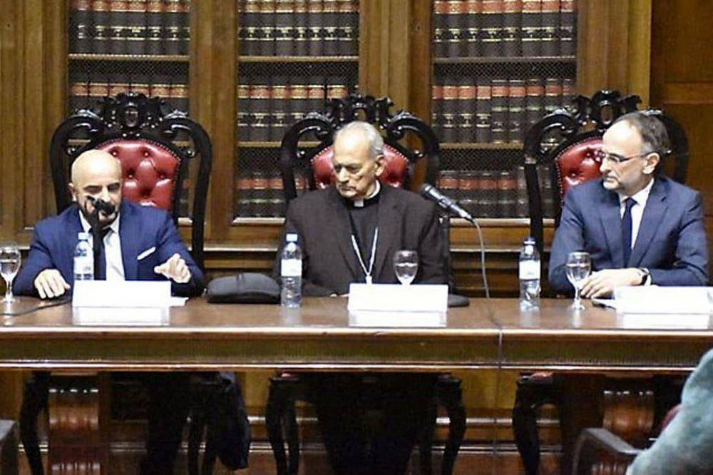 Un grupo de jueces conforma un foro bajo la guía del Papa