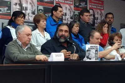 Por la devaluación, docentes exigen cláusula gatillo mensual y hay tensión con Vidal