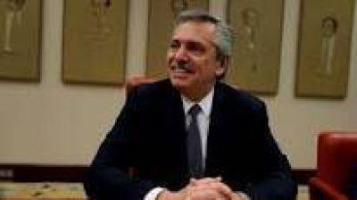 """Alberto Fernández reveló que se comunicó con el embajador de EE.UU: """"Ellos están mirando más allá del 10 de diciembre"""""""