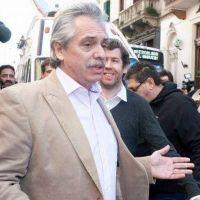 Fernández se mete en las campañas locales y arenga a sus candidatos