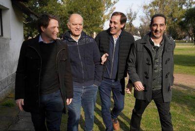 Campaña municipalizada y boleta corta: la estrategia de los intendentes oficialistas para despegarse de Mauricio Macri y María Eugenia Vidal