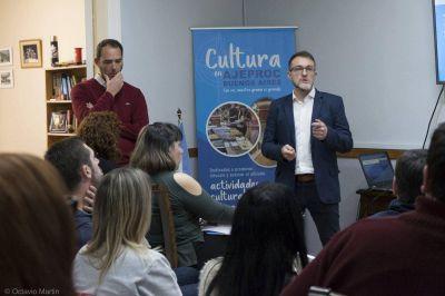 """AJEPROC: """"Un país no arranca si no tenemos los valores de la cultura, de la enseñanza, afianzados"""""""