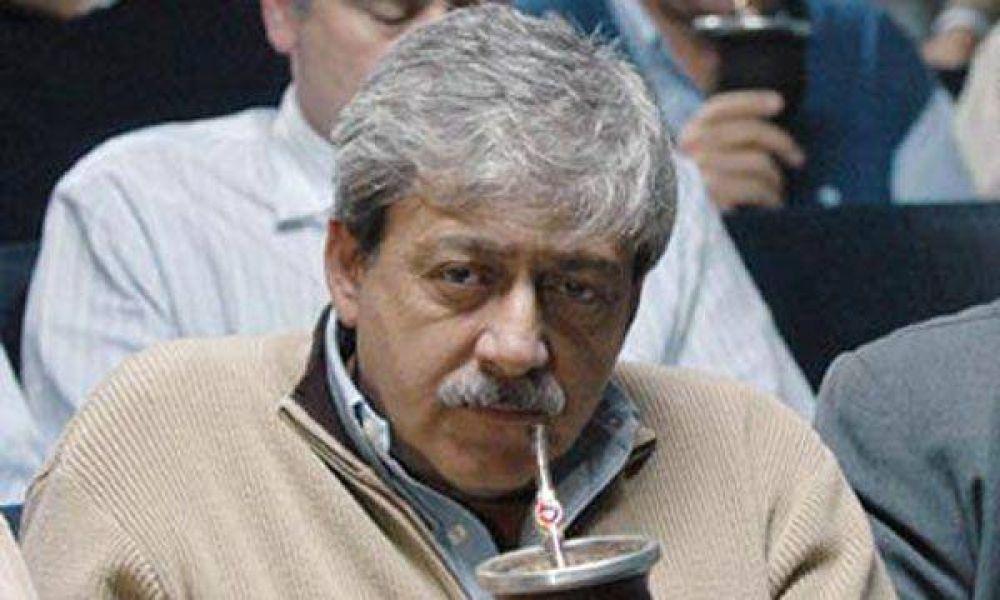"""Buzzi dijo que Domínguez debe corregir """"errores grotescos"""" en política agropecuaria"""