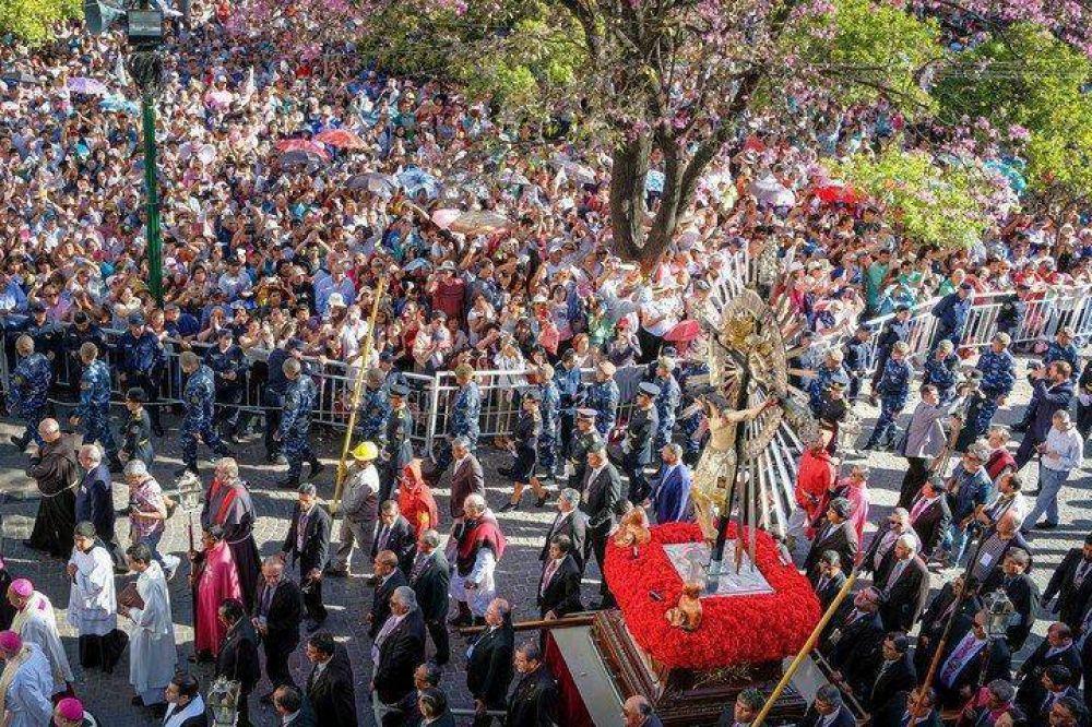 Una fiesta de la fe: hubo 800 mil fieles en la procesión del Señor y la Virgen del Milagro