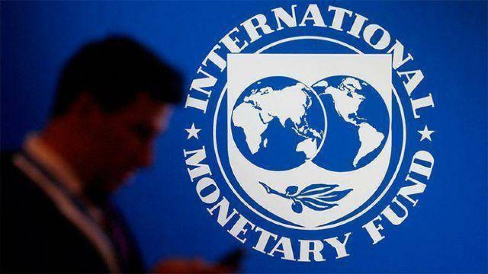 El FMI quiere retener el próximo desembolso a la Argentina hasta después de las elecciones, según Bloomberg