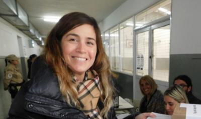 """Jimena López contra la oposición: """"¿Qué piensan de la 'Tasa Portuaria' los que tienen tanta facultad de venir a hablar de mi familia?"""""""