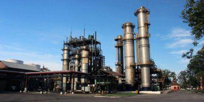 Ya suman 300 suspensiones y los petroleros van a un paro en las refinerías
