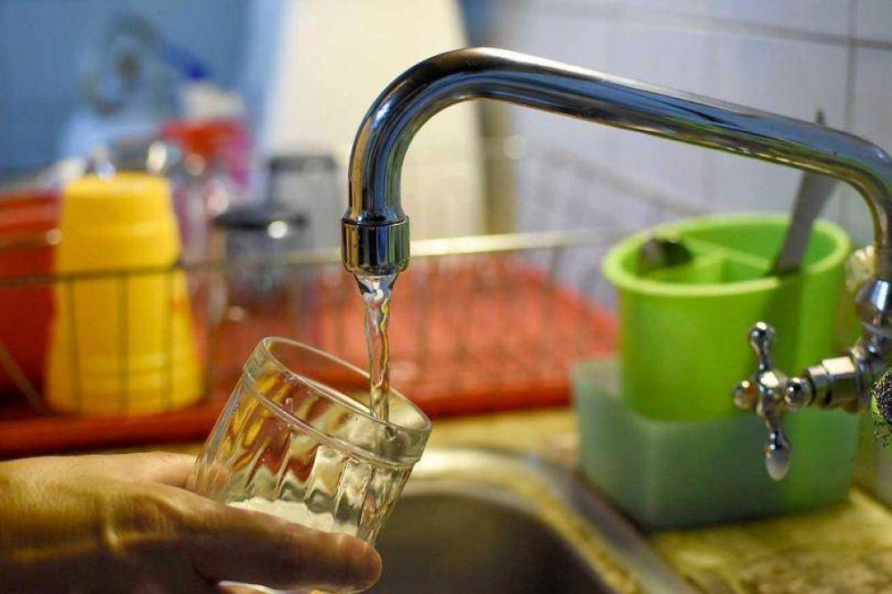 Se redujo al 17% la suba en las tarifas del agua para Posadas y Garupá