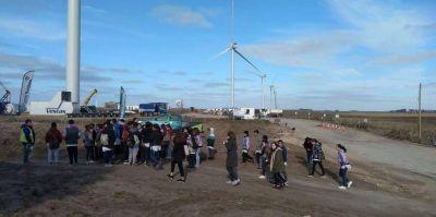 Comenzaron las visitas guiadas de escuelas al ALN y el Parque Eólico Vientos de Necochea