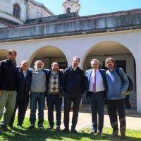 Alberto Fernández visitó a los curas villeros y les prometió trabajar juntos para combatir el hambre y la droga