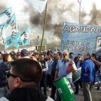 """Choferes del Expreso Lomas confirman una """"solución precaria"""" al conflicto que paraliza el servicio"""