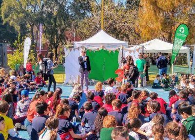 CEAMSE Colegiales: escuelas festejaron la llegada de la primavera cuidando el planeta