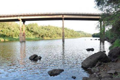 Con nuevas perforaciones buscan paliar la crisis hídrica en las comunas