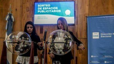 Así se reparten los medios Fernández y Macri