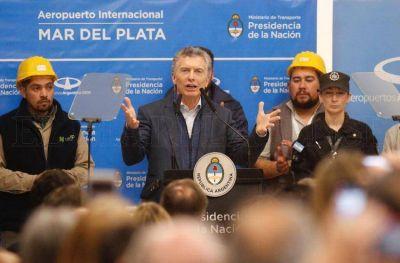 Macri, como una estrella de rock en Mar del Plata
