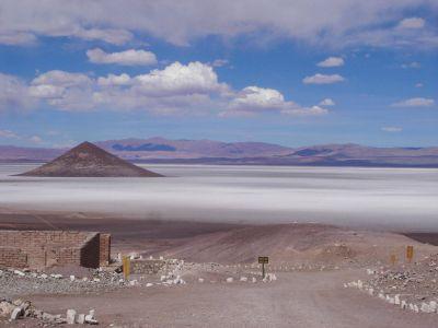 Chile quiere reanimar un estancado proyecto de litio