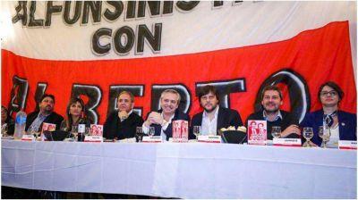 Alberto Fernández recordó anécdotas con Raúl Alfonsín y sumó el apoyo de radicales
