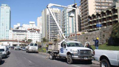 El municipio instaló nuevas columnas de alumbrado en el Paseo Dávila