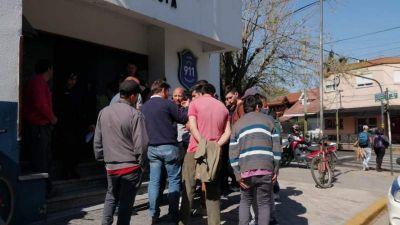 Trabajadores denuncian el vaciamiento de una fábrica de baterías