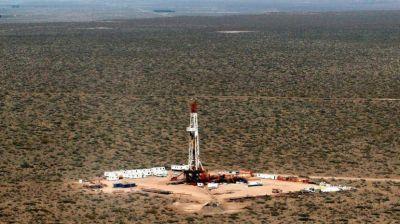 YPF avisa que en 2020 caerá la actividad petrolera