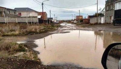 Vecinos del barrio El Faro recibirán el proyecto técnico de la obra cloacal