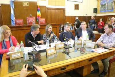 Los candidatos locales buscan arañar más votos, llega Massa, la marcha de Macri en Mar del Plata y el anuncio de Fernández
