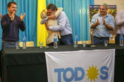 Sandra Mayol recibió la visita de Sergio Massa y juntos apostaron por poner al país de pie