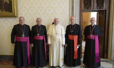 Los apóstoles del papa para alumbrar el pacto social albertista