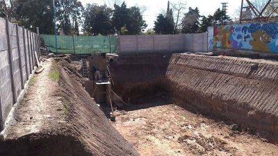 Escobar prosigue con los trabajos hidráulicos en distintos puntos del distrito