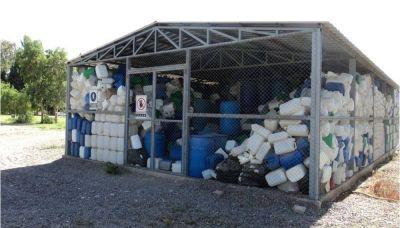 ¿De que se trata la economía circular de gestión de envases de agroquímicos vacíos?