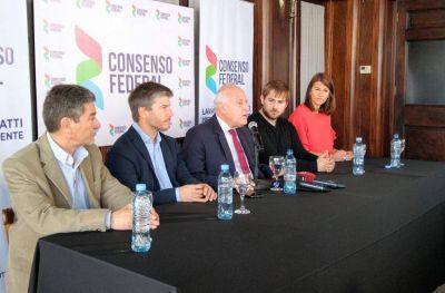 """El gobernador de Santa Fe visitó Mar del Plata: """"Es una de las ciudades más potentes, pero es compleja"""""""