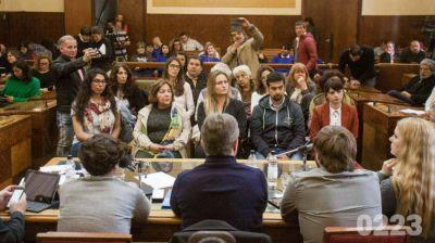 Candidatos a intendente debatieron la problemática de la trata