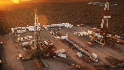 Buscan rehabilitar un oleoducto para exportar petróleo de Vaca Muerta