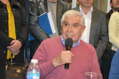 Pereyra rechazó el decreto que redujo indemnizaciones y dijo que ataca a quienes menos tienen