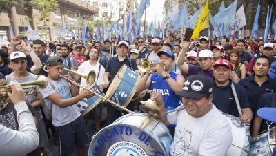 Con Muerza desgastado, se anarquiza la oposición en Comercio y arrepentidos amenazan con ventilar secretos de Cavalieri
