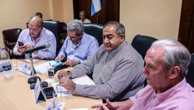 La CGT rechazó el DNU que redujo las indemnizaciones y le pidió a Macri que abandone