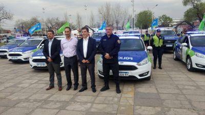 """Tagliaferro: """"14 nuevos móviles patrullan las calles de Morón"""""""