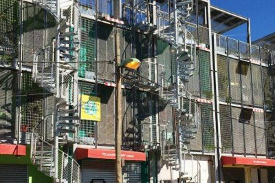 Ordenan al GCBA resolver los problemas de las nuevas viviendas del Barrio Mugica