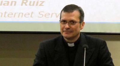 Mons. Lucio Ruiz dialogará sobre cambio climático, ecología integral y comunicación