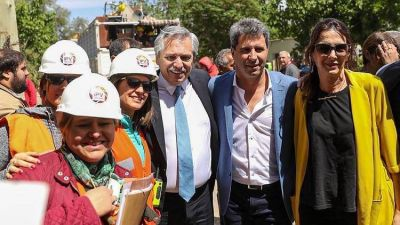 Alberto Fernández va a la UIA y ya empezó a mostrarse con los elegidos para su gabinete