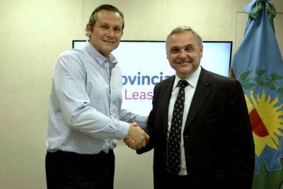 Intendente de Dolores firmó convenio con el presidente de Provincia Leasing