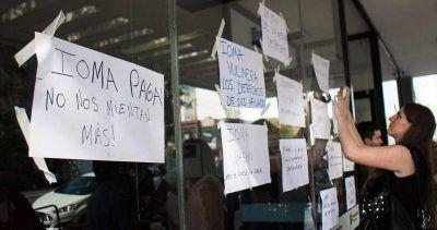 Los médicos de La Plata le dieron un ultimátum a IOMA: si no paga en 48 horas cortarán las prestaciones