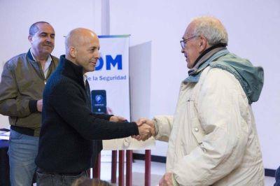 Ducoté entregó 120 nuevos botones de alarmas urbanas en Lagomarsino