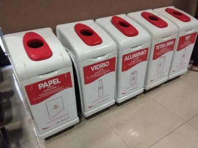 Residuos: Firman convenio con Coca Cola